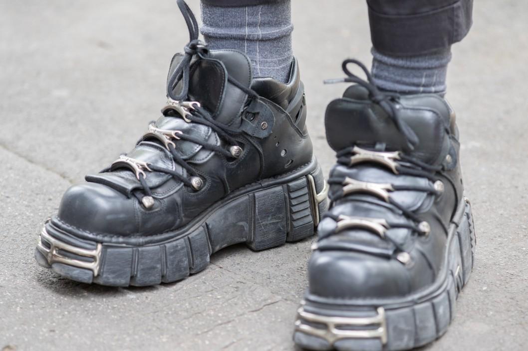 chaussure à semelle homme
